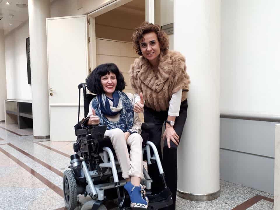 La Senadora Virginia Felipe junto a la Ministra Dolors Montserrat