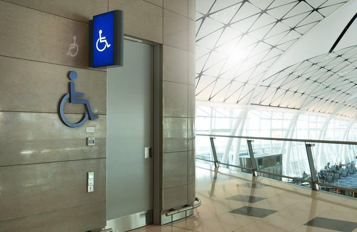 Imagen de aseos o baños publicos accesibles