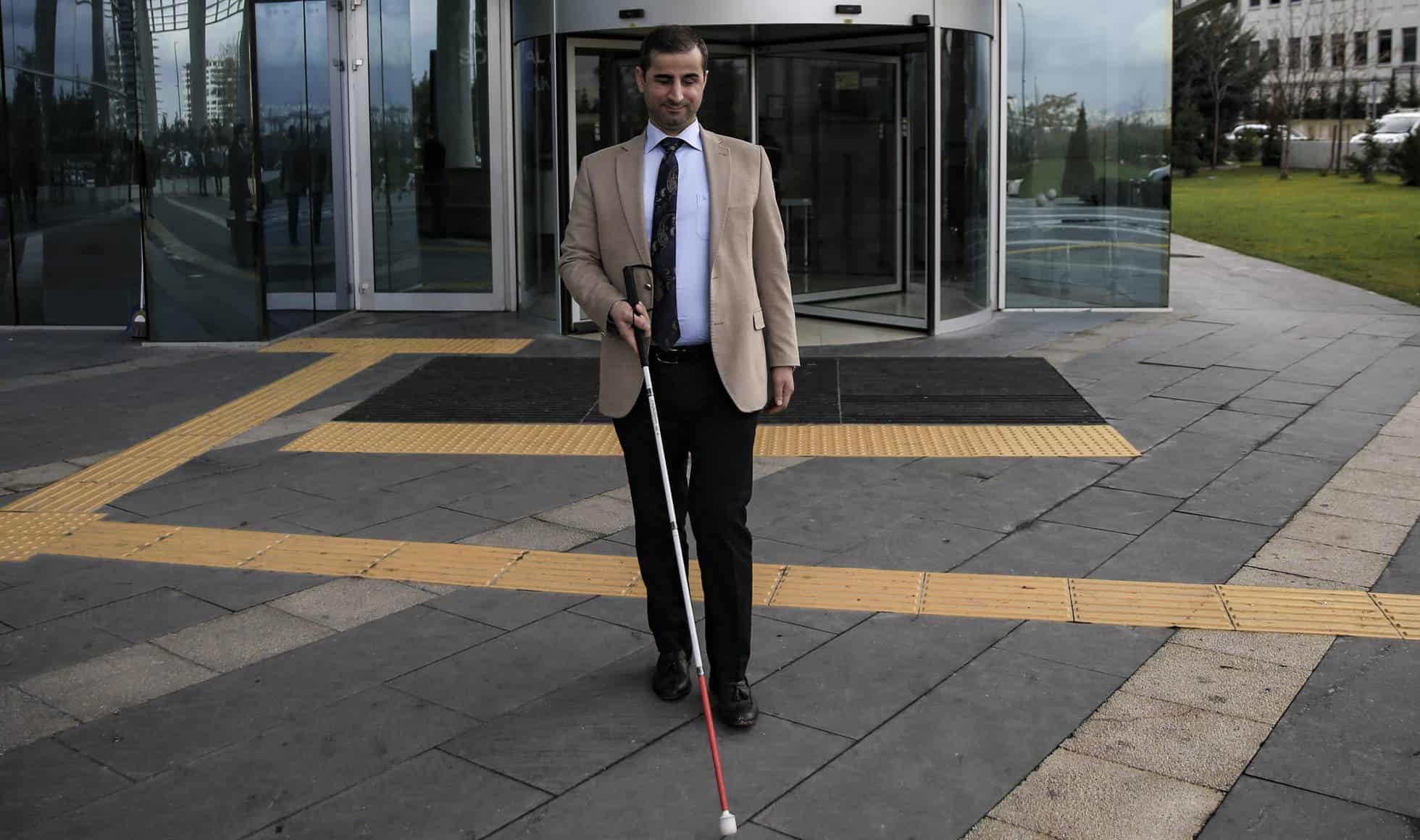 Hombre con el bastón
