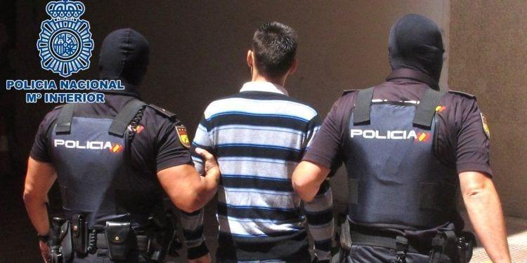 Estafan más de 130.000 euros a varios jubilados y discapacitados | Foto de @policia