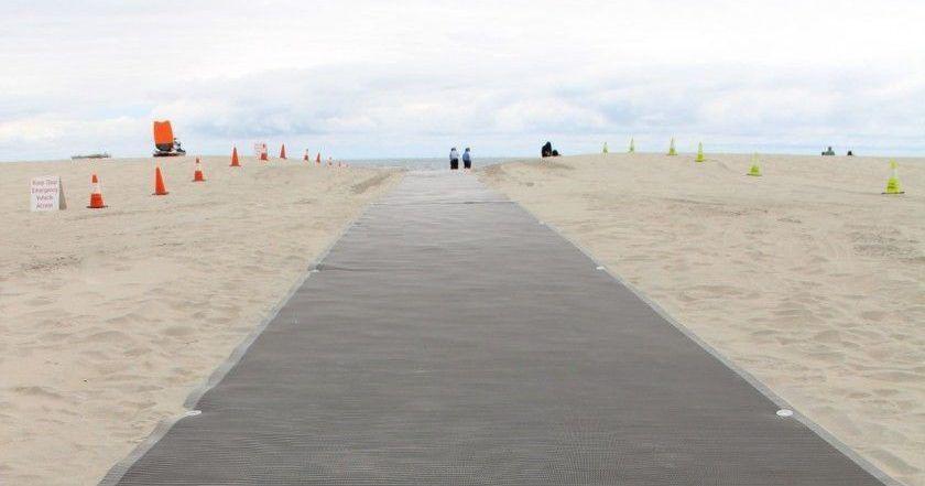 Pasarela playa accesible