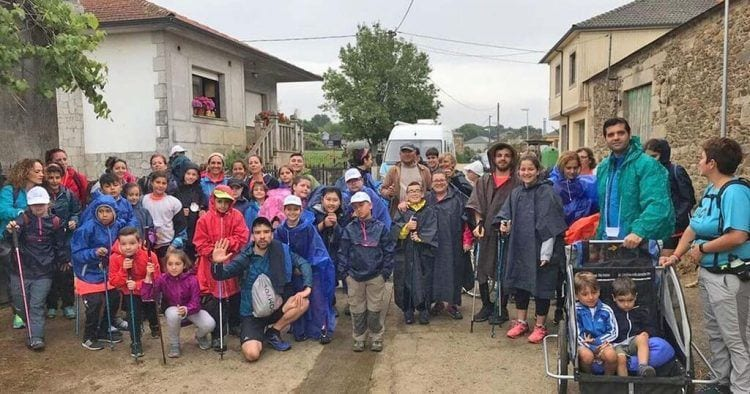 85 niños con cáncer realizan el Camino de Santiago | Foto de ElEspañol