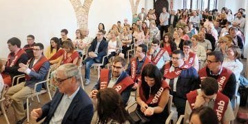 Jóvenes con discapacidad intelectual se gradúan por la Universidad Rovira i Virgili