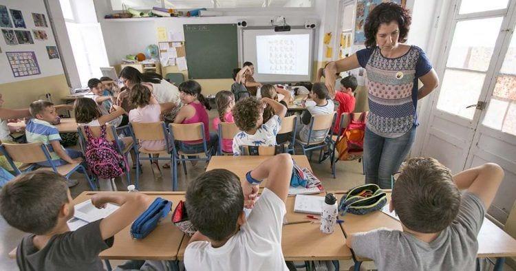Unanimidad para implantar la lengua de signos en el sistema educativo