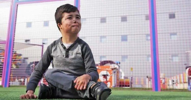 Raul, un niño murciano de 9 años con una enfermedad rara única