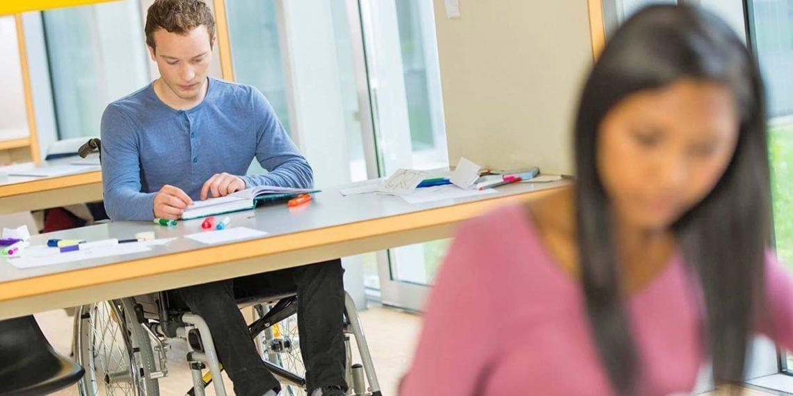 alumno con discapacidad