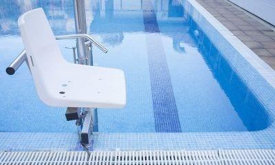 Silla piscina accesible
