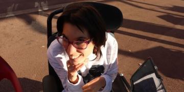 Janire en silla de ruedas