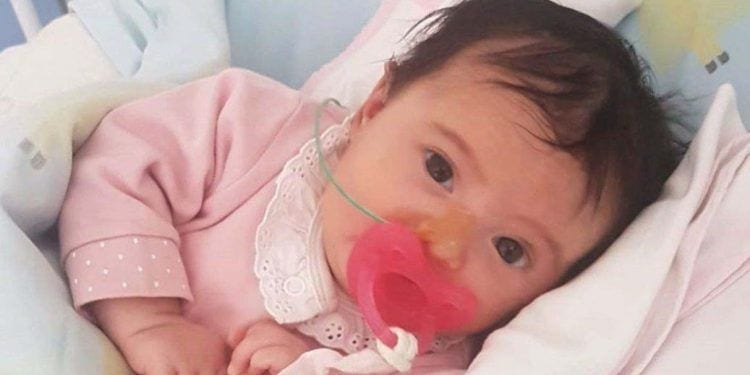 """Toda Portugal se moviliza para pagar """"el medicamento más caro del mundo"""" a un bebé"""