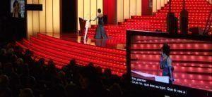 escenario teatro y tv con subtítulos