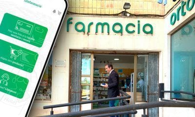 farmacia y movil con la app telefarmacia