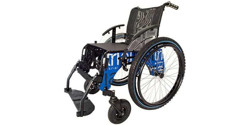 silla de ruedas con ruedas de montaña
