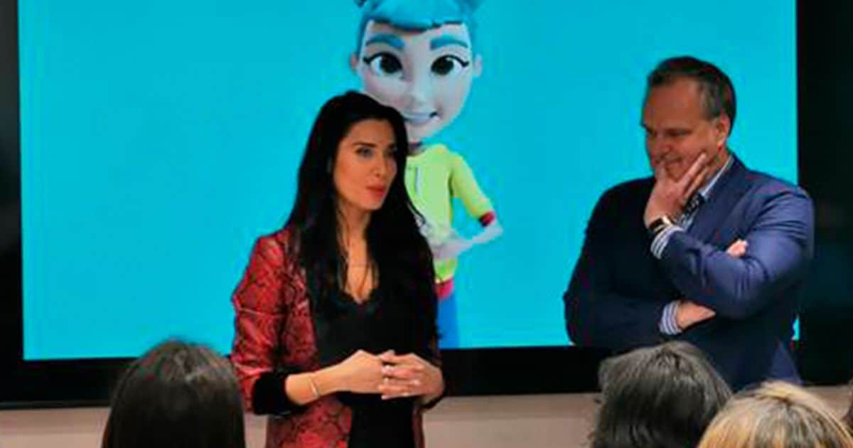 Pilar Rubio presentando la App