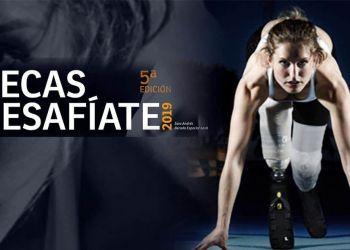 Imagen convocatoria de becas. Atleta con prótesis en las piernas