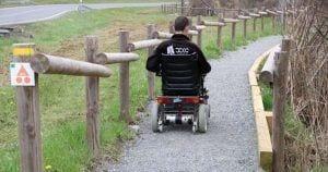 Camino adaptado en el parque natural