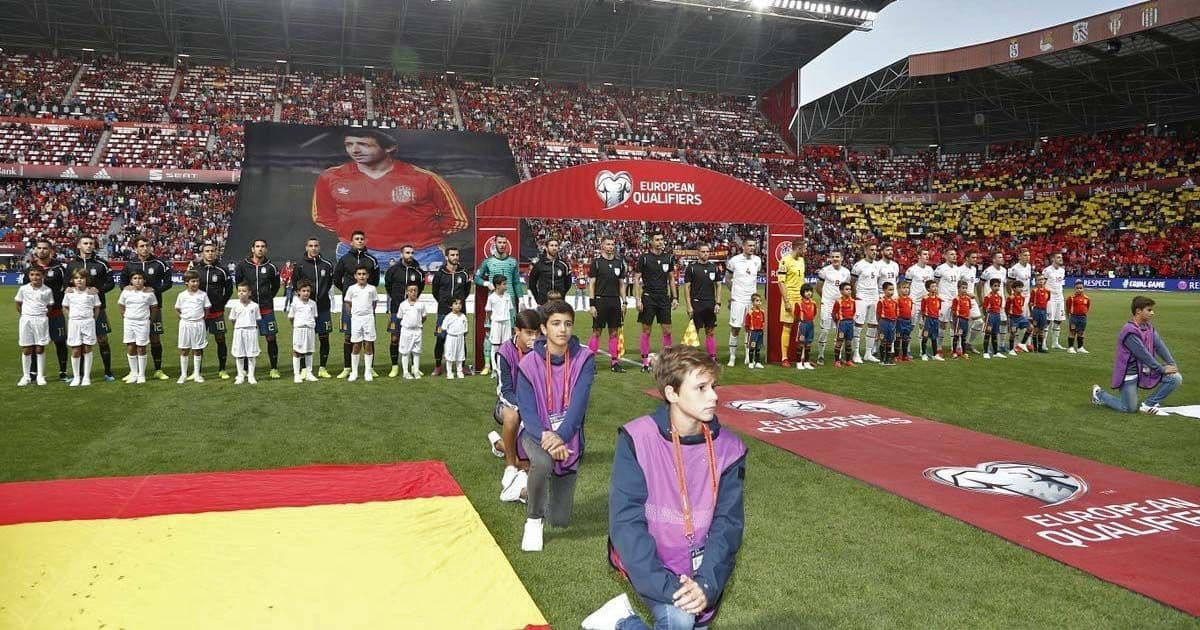 Momentos previo a la disputa del encuentro entre España e Islas Feroe   Foto de @SeFutbol