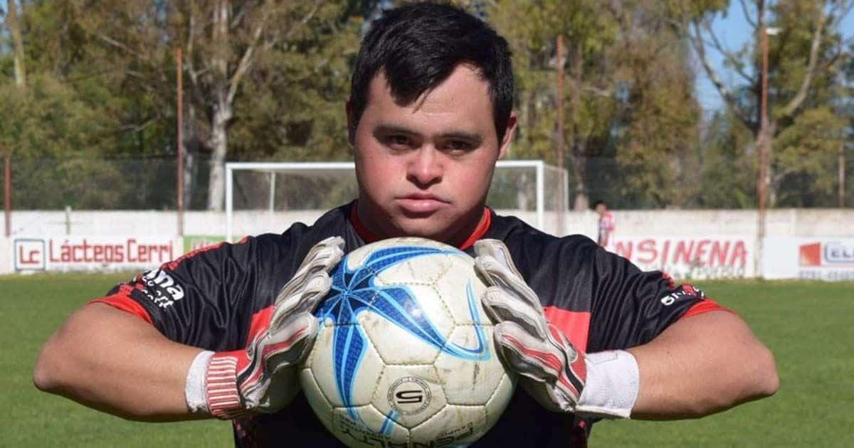 Giuliano Pambianco, portero con Síndrome de Down