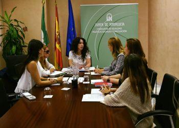 Reunión con los representantes de Andalucía Inclusiva y la Consejera Rocío Ruíz
