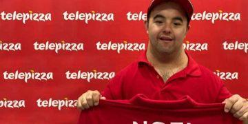 Noel, primer trabajador incorporado a Telepizza  con discapacidad intelectual de LaLiga Genuine Santander