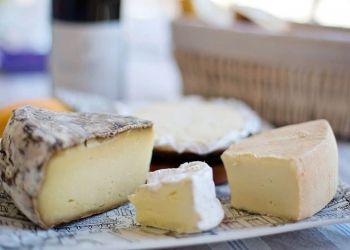 Sanidad retira más lotes de queso por listeriosis y E.Coli