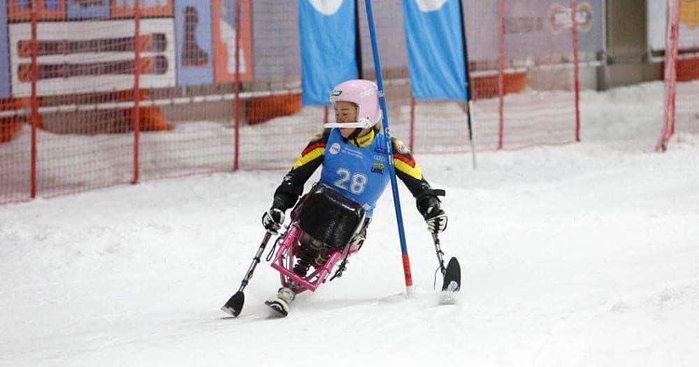 Esquiadora en silla