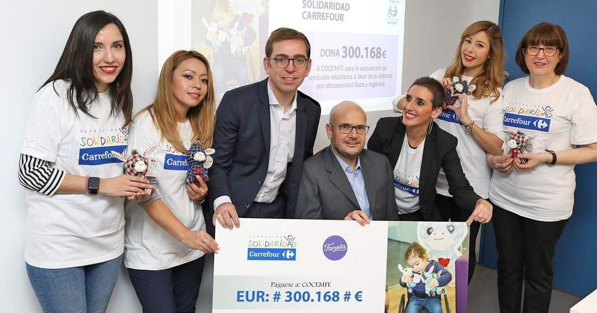 Carrefour entrega 300.000 euros a COCEMFE