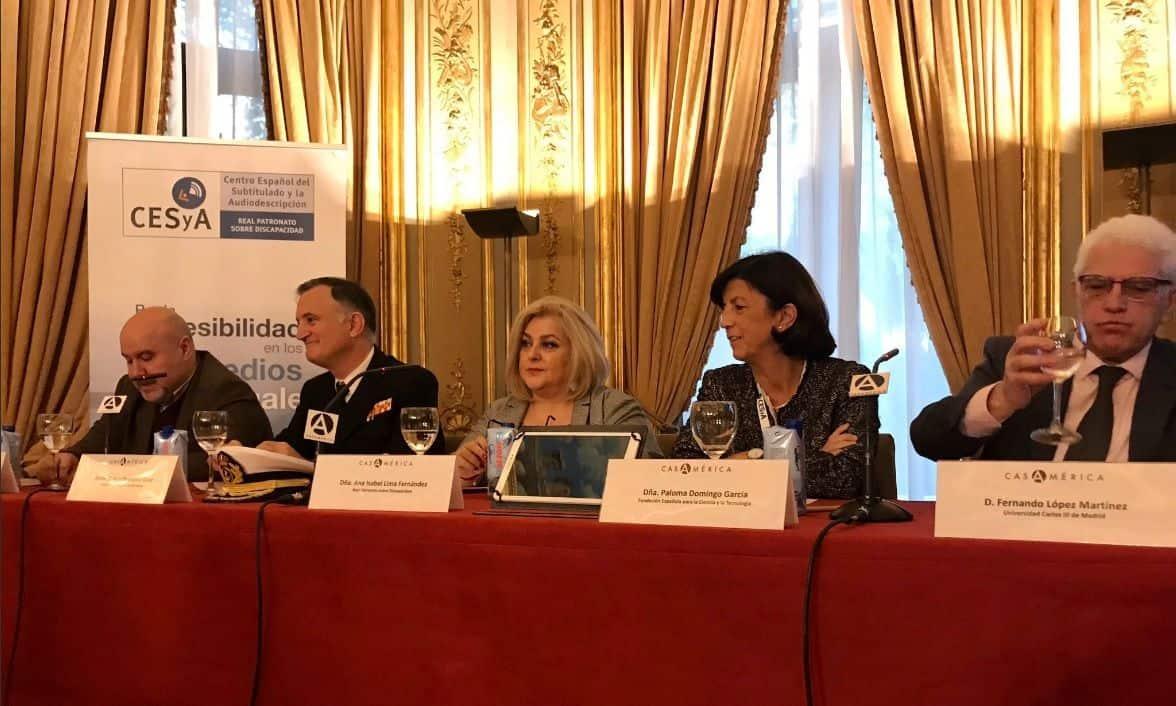 Foto mesa de ponentes