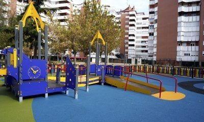 Parque infantil inclusivo