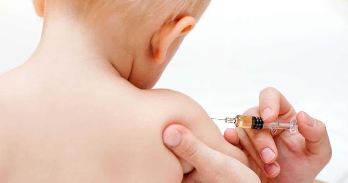 a vacuna contra la neumonía reduce en un 35% el riesgo de que los niños padezcan la enfermedad de forma severa