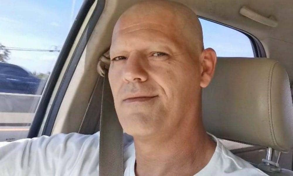 El presentador de 'Frank de la Jungla' aparece en varios vídeos que ha publicado sin pelo