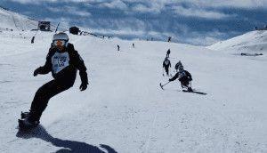 Esquiadores adaptados