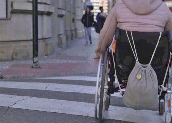 usuaria con discapacidad de silla de ruedas