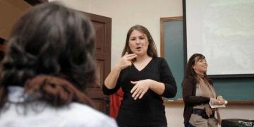 Intérprete personas sordas