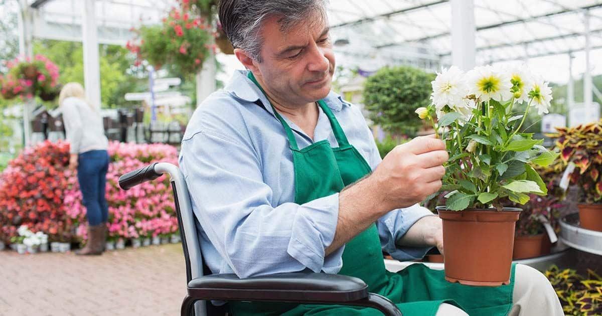 Trabajador con discapacidad | Freepik