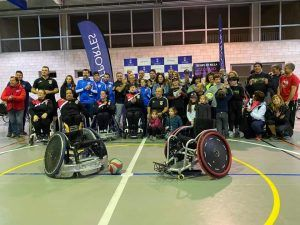 Foto grupal rugby en silla de ruedas