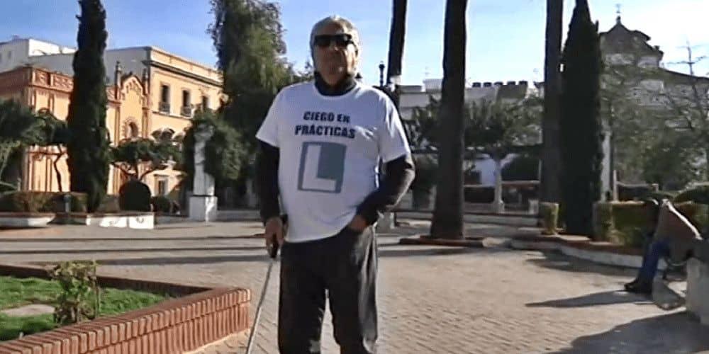 Javier, un ciego en prácticas por Jerez.