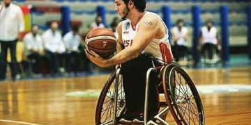 Daniel Stix durante un partido con la selección.