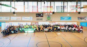 Foto grupal con todos los equipos