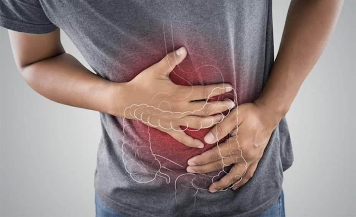 Hombre con enfermedad inflamatoria intestinal