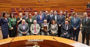El CERMI en Castilla y León recibe el máximo reconocimiento de la Comunidad, su Medalla de Oro de las Corte