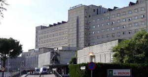 Fachada del Hospital de Valme donde ha permanecido ingresado el menor con meningitis.
