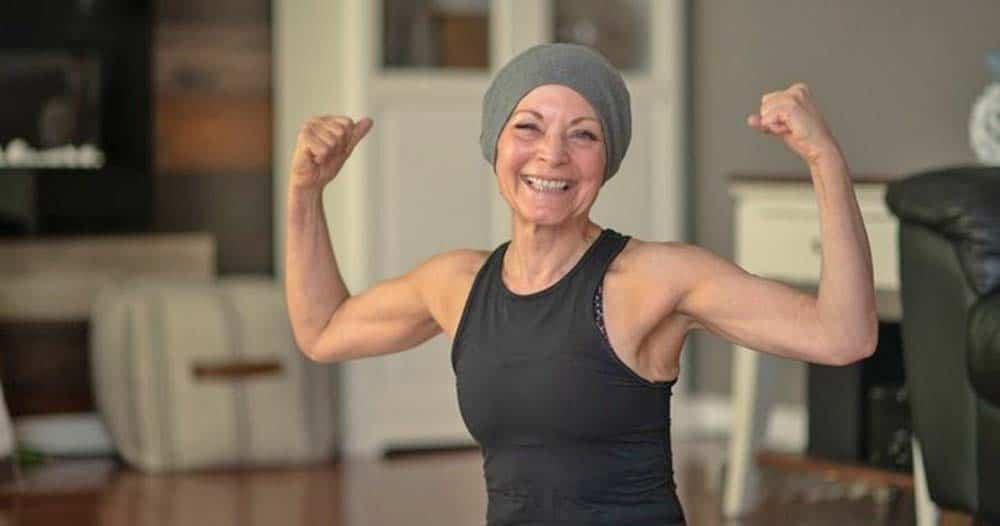 Una mujer que lucha contra el cáncer