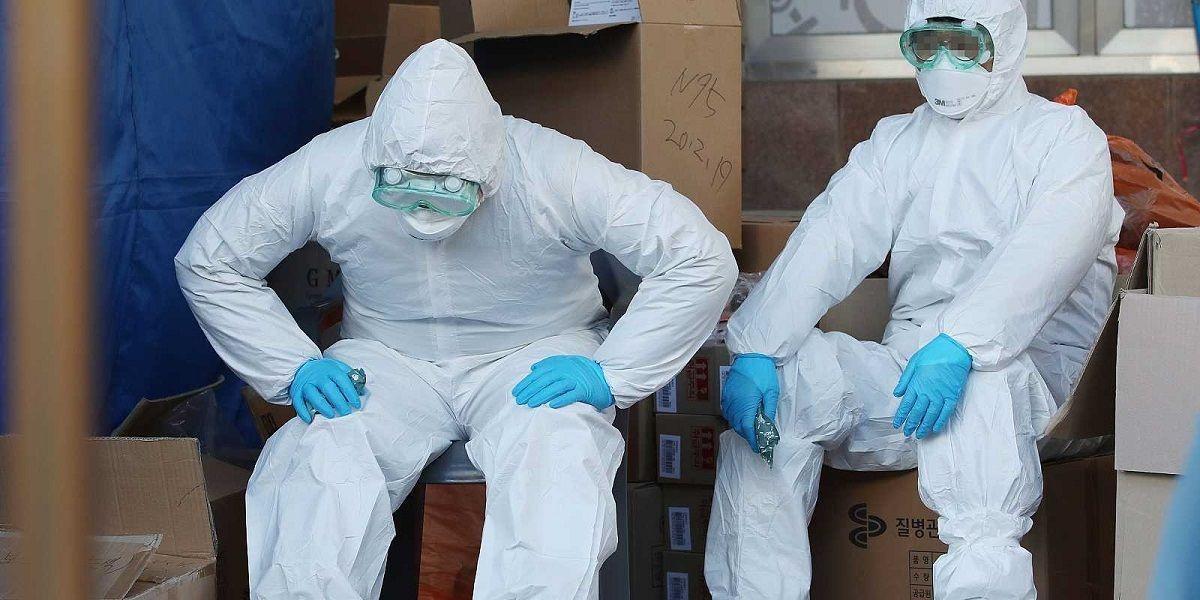 Sanitarios con protecciones para evitar el contagio