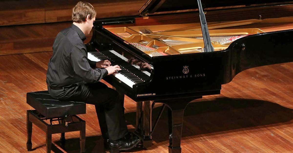 Ignasi Cambra en un concierto de piano
