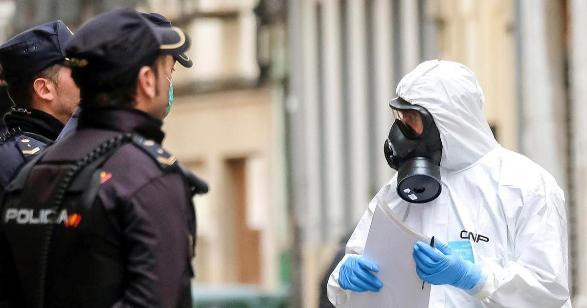 Policías y personal del CNP durante el estado de alarma por coronavirus