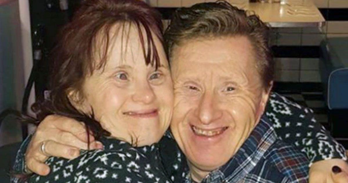 Maryanne y Tommy Pilling, ambos con síndrome de Down. llevan 25 años casados