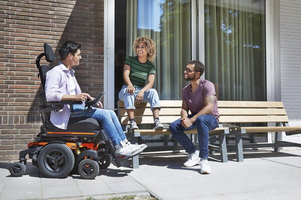 sillas de ruedas eléctricas traccion central MID LECTUS KARMA