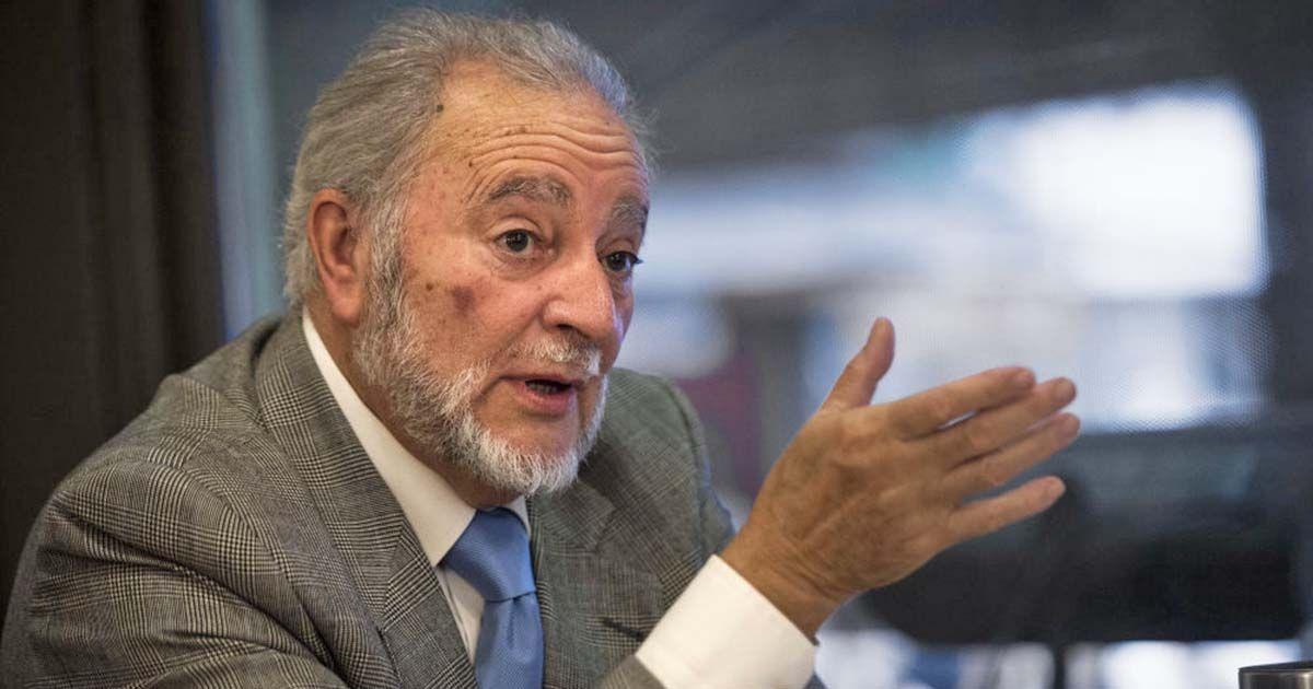 El ex coordinador federal de Izquierda Unida Julio Anguita.