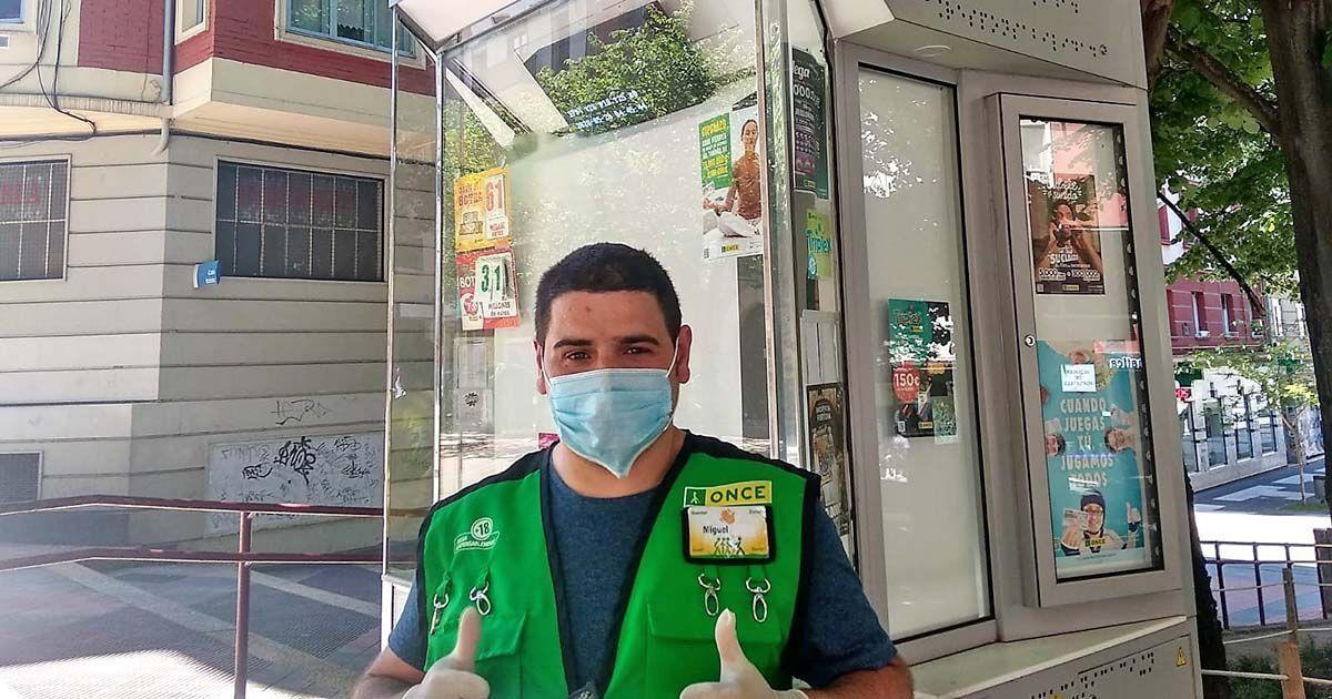 Miguel, vendedor de la ONCE