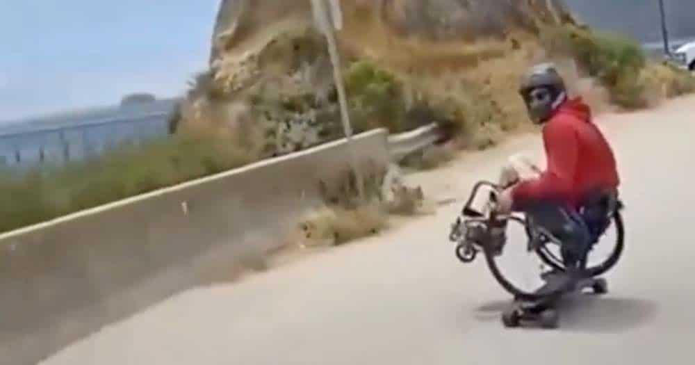Tony Hawk busca a un skater con discapacidad para que le de clases